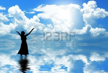 11637998-woman-praising