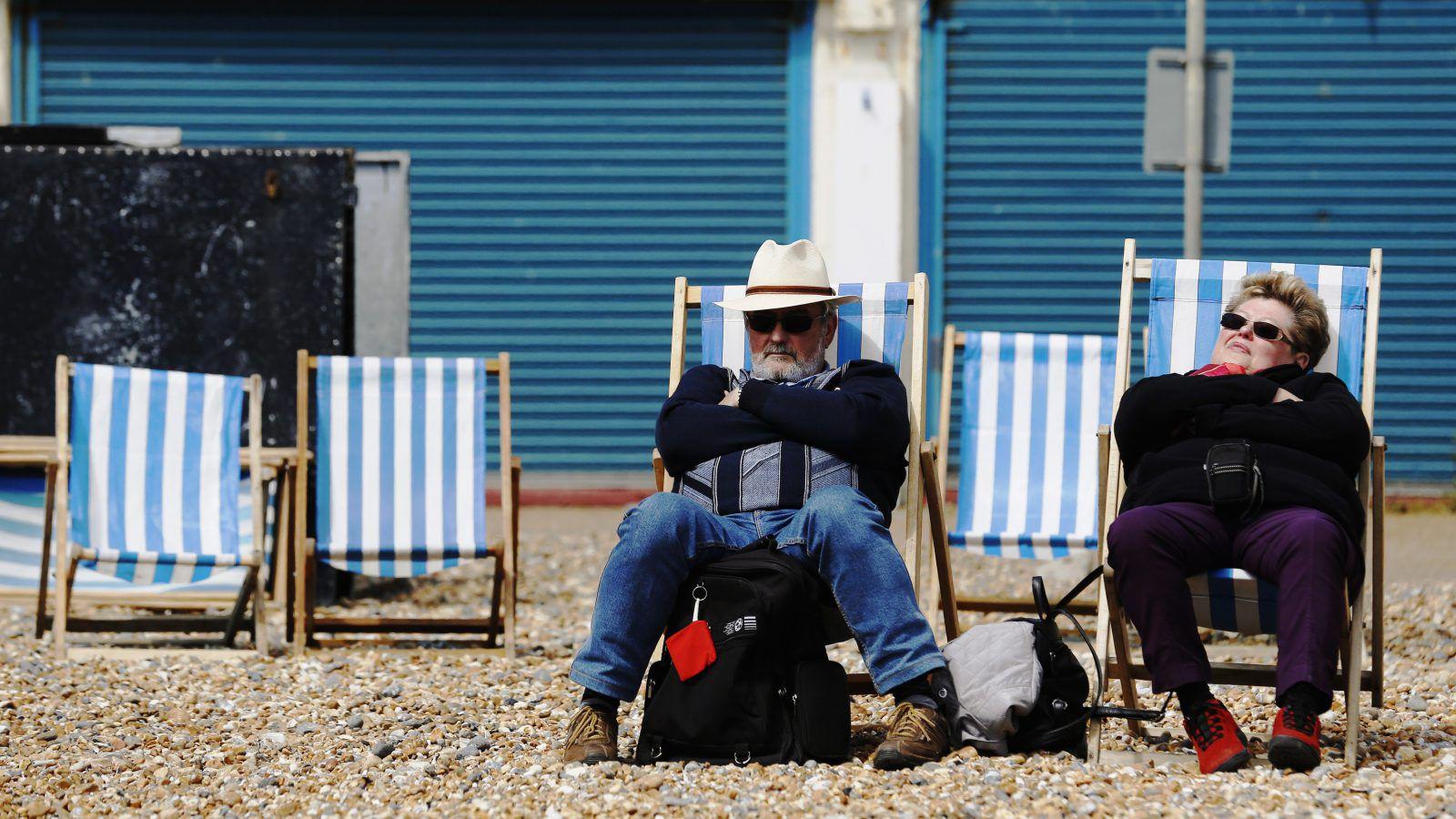 beach-brexit-e1465467951418