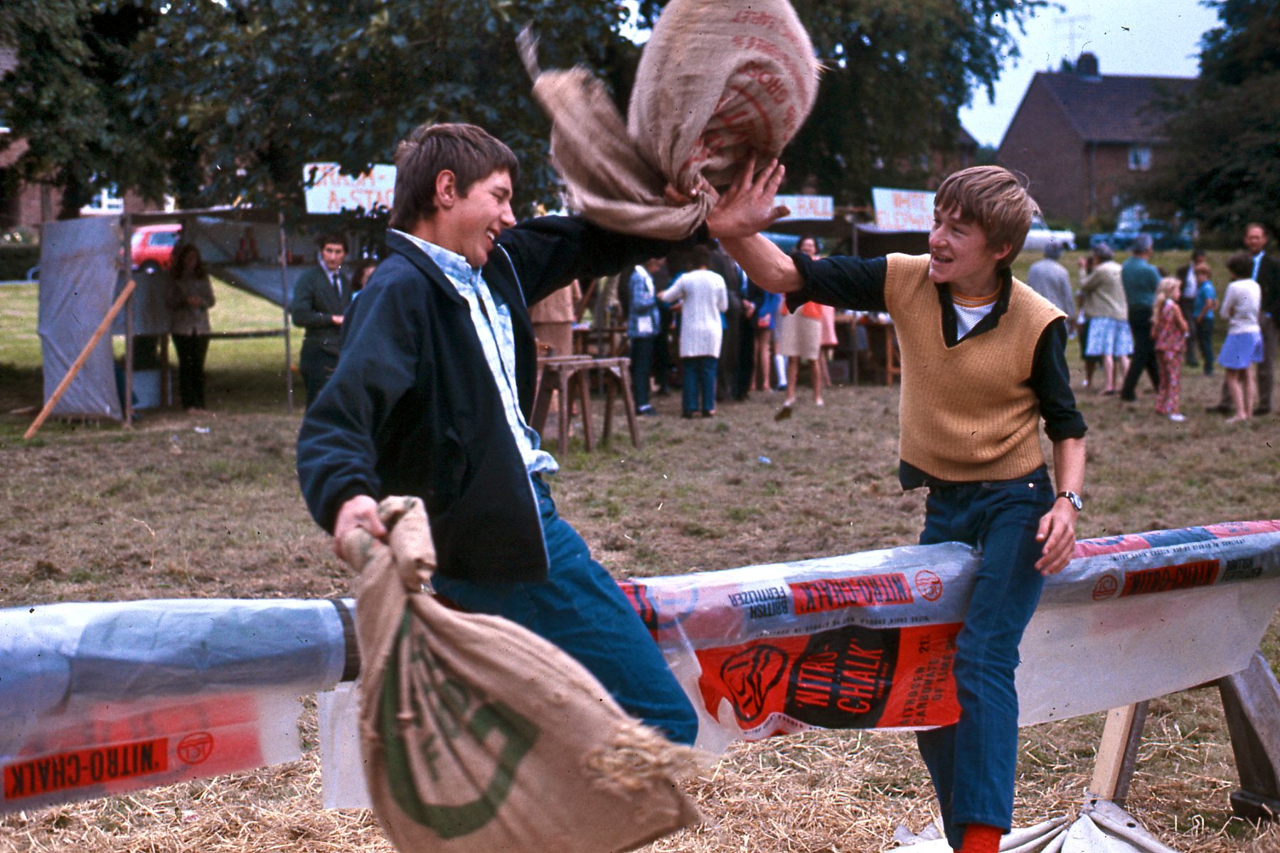 pillow_fight_at_english_country_fair_1971