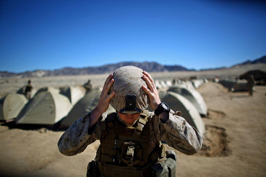 02-marines_california_dg-020_22184930-f18babe87d84c302c03a9372fcb80f65e9753956-s900-c85