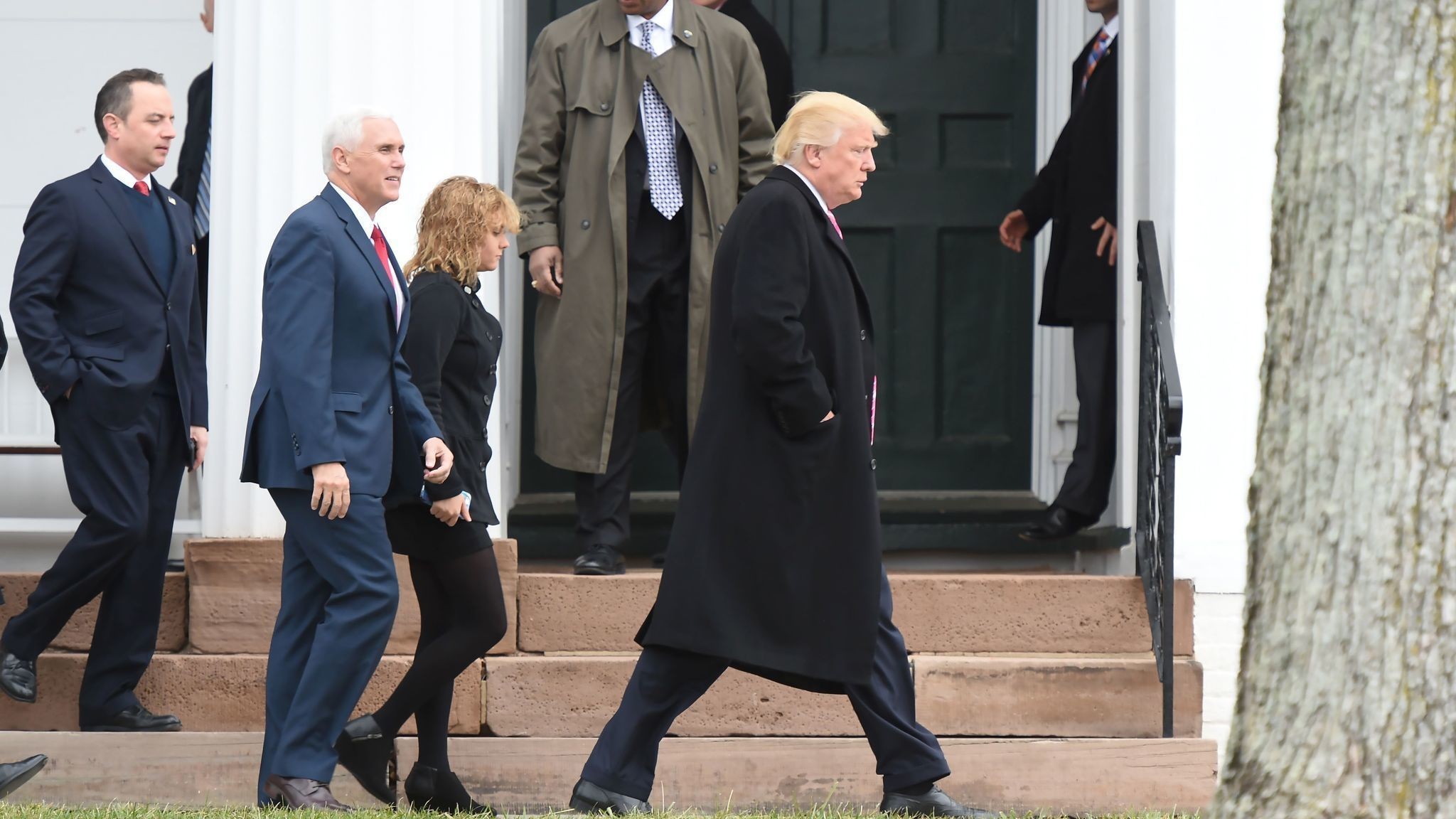 la-na-pence-trump-cabinet-20161120